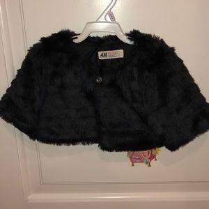 H&M Faux Fur Crop Shawl Cape w Rhinestone Button